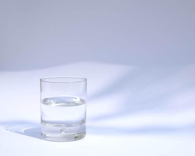 Как выбрать службу по доставке воды?
