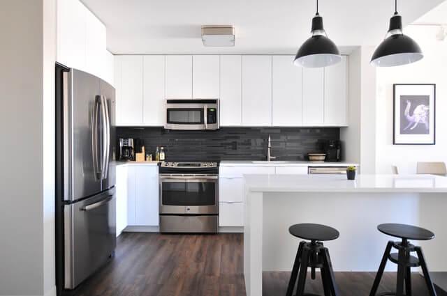 Индукционная и электрическая плита для кухни: преимущества, характеристики, критерии выбора